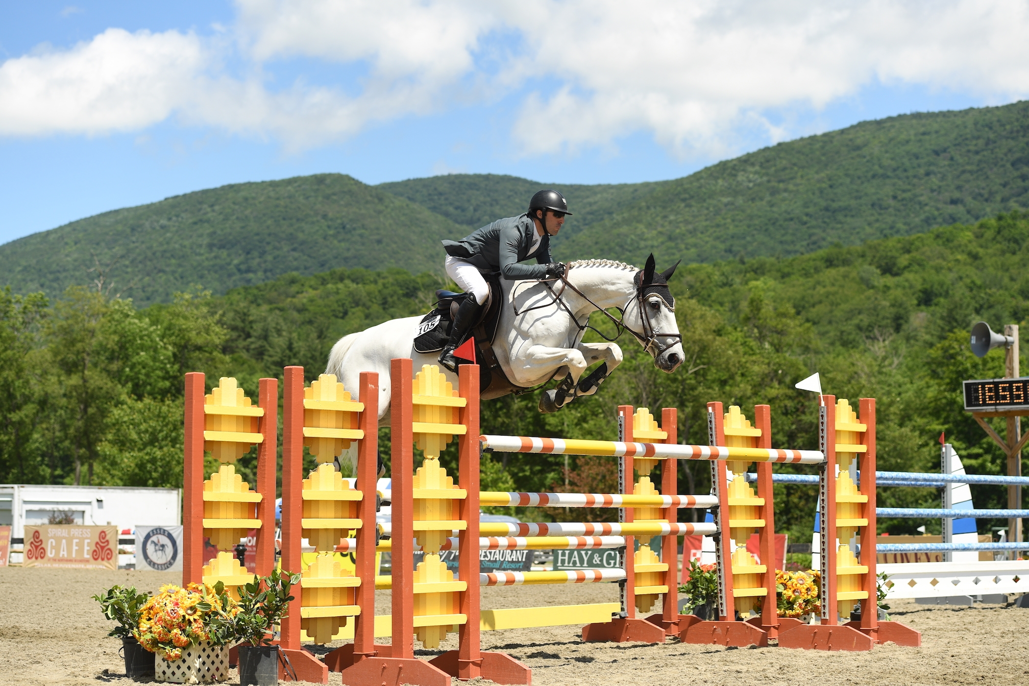 Matthew Metell won the $30,000 Vermont Summer Special Grand Prix riding Donchalant on Saturday, July 8, at the Vermont Summer Festival in East Dorset, VT.<br><b>Photo by <a href='http://www.andrewryback.com/' target='_blank'>Andrew Ryback Photography</a></b>
