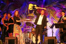 Bruce Springsteen and Patti Scialfa Named Chairs of USET Foundation Take Me To Tokyo Gala