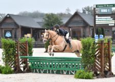 McKayla Brombach Makes WIHS Pony Equitation Finals Debut a Winning One